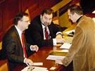 Premi�r Petr Ne�as v listopadu 2010 s poslanci VV Radkem Johnem a V�tem B�rtou....