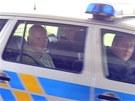 Policie odv�� jednoho z obvin�n�ch v kauze Nagyov� (15. �ervna 2013).