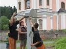 Skauti na místo vrací obnovený pomník padlých v první světové válce.