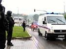 Miroslav Maslák dorazil do Zlína v jedné z osmi policejních dodávek.