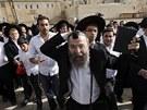 Ortodoxní židé u Zdi nářků protestovali proti ženám, které se chtějí modlit