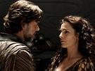 Russell Crowe a Ayelet Zurerová ve filmu Muž z oceli