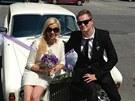 "Kate�ina Kristelov� a Kamil ""Kazma"" Barto�ek se pochlubili, �e se vzali. (15...."