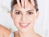 Reflexní masáž obličeje můžete provádět každý den i doma. Důležité je vyvíjet