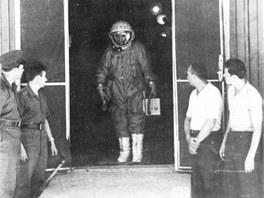 Bykovskij před odjezdem na startovací rampu