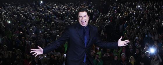 John Travolta na večerní projekci filmu Pomáda v letním kině (28. června 2013)