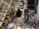 Syrští povstalci v Aleppu (18. června 2013)