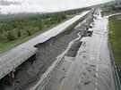 Sesuv půdy poškodil i transkanadskou dálnici