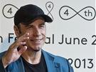 John Travolta na setkání s novináři (29. června 2013)