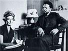 V MLADŠÍCH LETECH. Nelson Mandela stihl před svým uvězněním navštívit Londýn. O...