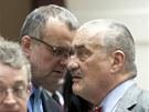 Miroslav Kalousek a Karel Schwarzenberg p�ed tiskovou konferenc� stran vl�dn�...