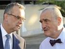 Šéfové TOP 09  Karel Schwarzenberg a Miroslav Kalousek po jednání s prezidentem