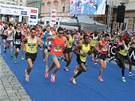 Olomoucký půlmaraton letos běželo na tři a půl tisíce lidí.