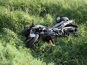 Dopravn� nehoda t�� motocykl� mezi B�lovcem a T�skem (29. �ervna 2013)