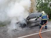 Požár auta v Nasavrkách