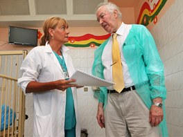 Radim Šrám z Ústavu experimentální medicíny Akademie věd v karvinské nemocnici