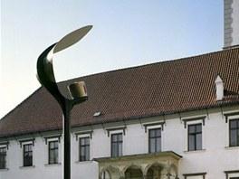 Navrhovaná podoba lamp na Horním náměstí v Olomouci, tak zvaná plácačka.