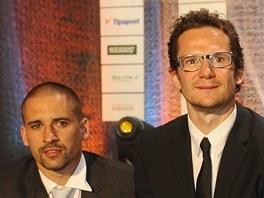 Tom� Plekanec (vlevo) obsadil v anket� Zlat� hokejka 2013 t�et� m�sto, Patrik
