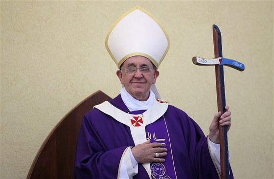 Papež na ostrově Lampedusa.