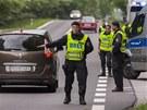 Policie kontroluje auta na příjezdových silnicích do Českých Budějovic (6.