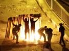 Příznivci svrženého prezidenta Muhammada Mursího se střetli s jeho odpůrci na