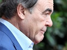 Re�is�r a producent Oliver Stone v Karlov�ch Varech