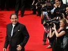 Oliver Stone na červeném koberci (48. ročník filmového festivalu v Karlových