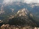 Pod námi stále okouzlující Julské Alpy.