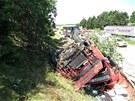 Nehoda kamionu zastavila před polednem provoz na dálnici D1 mezi 122. a 125.