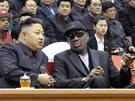 Dennis Rodman (vpravo) si se severokorejsk�m l�drem Kim �ong-unem padl do oka...