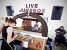 Živý jukebox na Rock for People.
