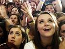Dav fanoušků Amandy Palmer na festivalu Rock for People (2. července 2013)