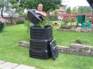 Představa, že v kompostéru zpracujete jen trávu, je lichá. Je potřeba přidívat...