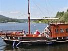 Přístav Leskovec na přehradě Slezská Harta na Bruntálsku, kde se výletníci