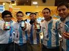 Tweaks (Argentina): Aplikace pro WP8 doká�e v kombinaci s bezdrátovým headsetem...