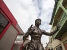 Bruce Lee má sochu například i v losangeleské čínské čtvrti.