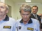Petr Nečas přichází k výslechu na policii. (12. července 2013)