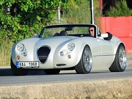 Roman Janoušek ve svém luxusním automobilu v chorvatském Zadaru. (16. července...