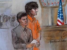 Na kresb� ze soudn�ho st�n� 10. �ervence stoj� D�ochar Carnajev v oran�ov�ch