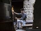 Bojovn�ci Syrsk� svobodn� arm�dy nos� svoje zbran� v�ude (23. �ervence 2013)