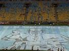 Přípravy na mši na stadionu Maracaná. Brazílie se chystá na příjezd papeže...