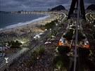 Na Copacabaně se při příležitosti papežovy mše sešlo až milion věřících  (25....