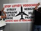 Veřejné projednávání o plánu na rozšíření letište Vodochody (23.7.2013)