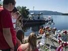 Mladí sociální demokraté si připomínají oběti útoku Anderse Breivika.