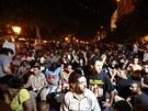Vražda vyvolala masové protivládní protesty, které si v pátek večer vyžádaly...