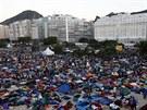 Závěrečná mše se koná na věhlasné pláži Copacabana, kde papež už v sobotu...