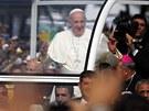 Papež František přijíždí na pláž Copacabana, kde v neděli odpoledne vedl mši...