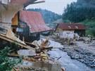 Povodně v Kounově u Dobrušky v roce 1998.