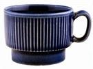 Ještě dnes vám na chatě či starší lidé doma naservírují kávu v tomto modrém...