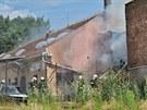 Po��r pr�myslov� budovy v brn�nsk� Koll�rov� ulici. (23. �ervence 2013)